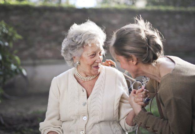 Benefício das vitaminas para os idosos